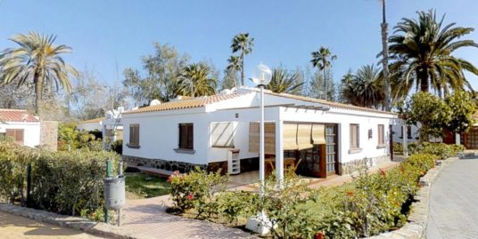 BUNGALOW IN CAMPO INTERNACIONAL